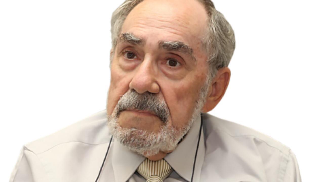 Romero Magalhães