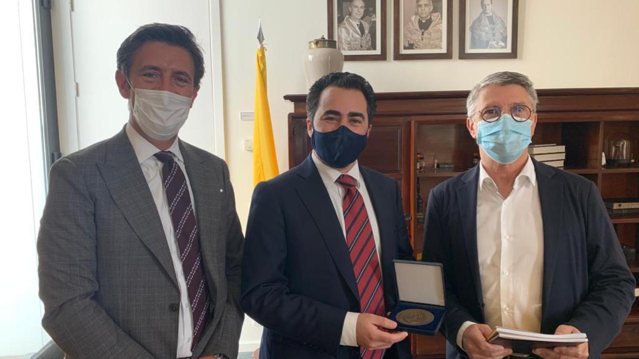 Professor Carlos Robalo Cordeiro, Dr. Miguel Pavão e Professor Francisco do Vale
