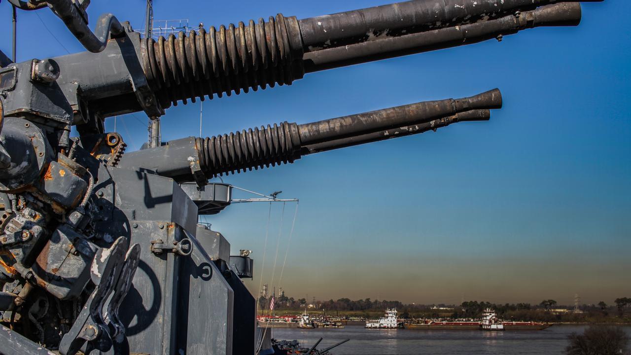 Navio de guerra, Houston, Armamentos