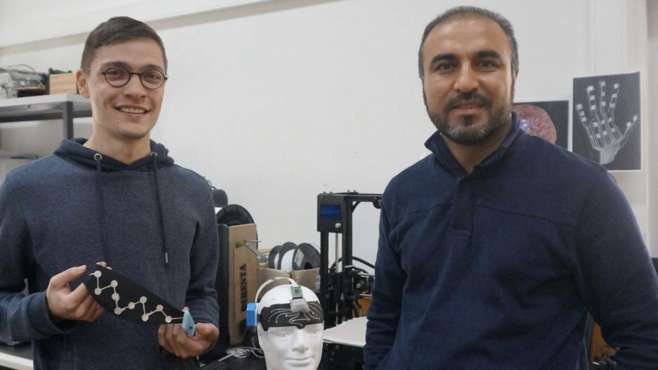 Manuel Reis Carneiro e Mahmoud Tavakoli, investigadores do DEEC/UC