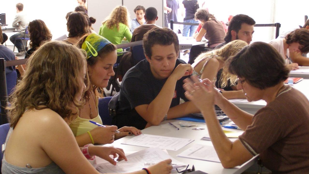 Atendimento ao Estudante nos Serviços Académicos da UC