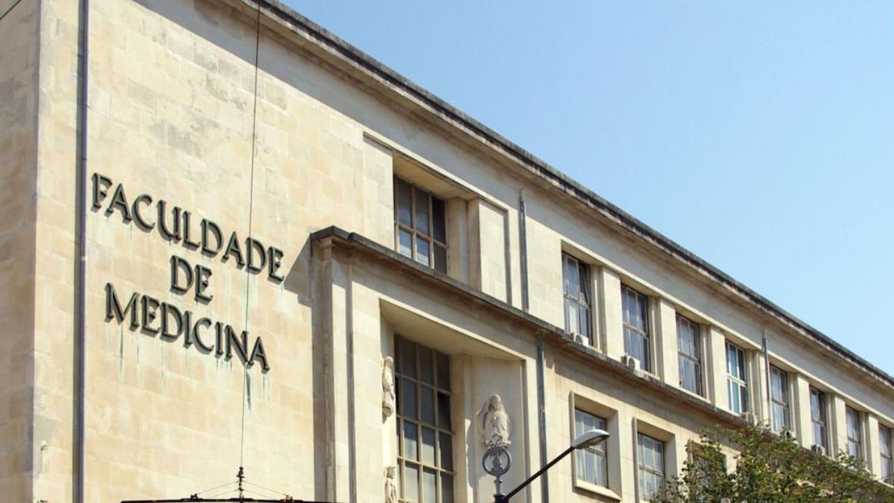 Edifício da Faculdade de Medicina da UC, na Rua Larga, polo 1